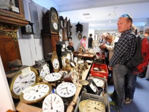 Besucher Antik Uhrenbörse Furtwangen